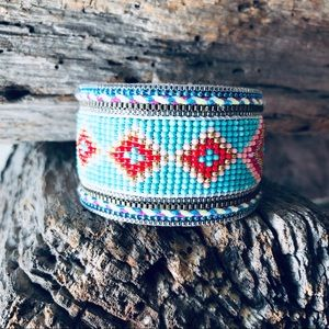 🔥Retired Plunder Seed Bead Cuff🔥